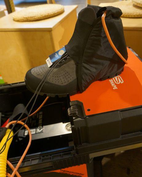Vorwärmen der Schuhe