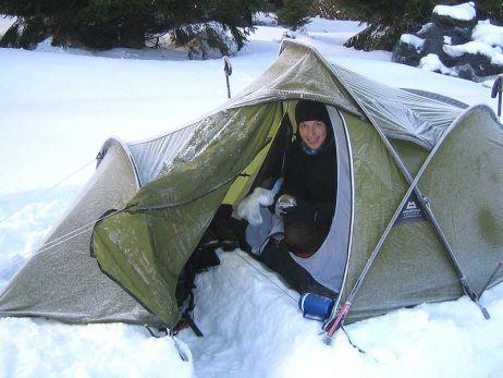 ... und beim Zelten im Schnee