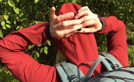 Kapuzeneinstellung des Klättermusen Vanadis 2.0 Jacket