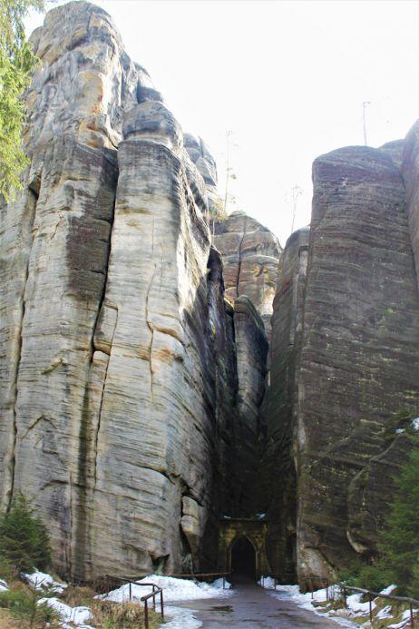 Adersbacher Felsen, Eingang in die Schlucht