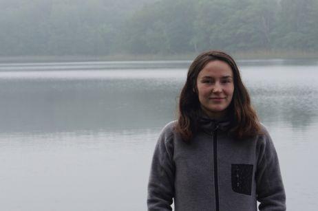 Celine mit dem Sherpina Jacket von Pally'Hi