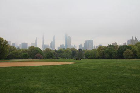 Central Park und Skyline im Nebel