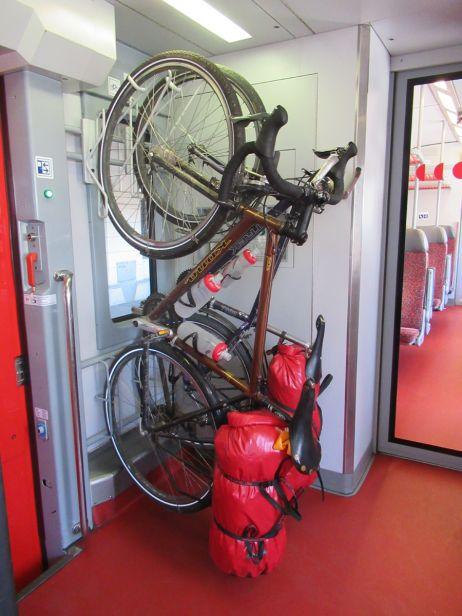 Fahrradtransport im Zug