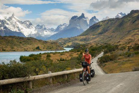 Blick zurück auf die Wahrzeichen des Torres-del Paine-Nationalparks