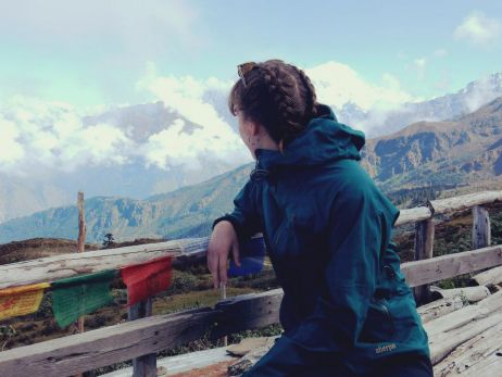 mit dem makalu jacket women in nepal