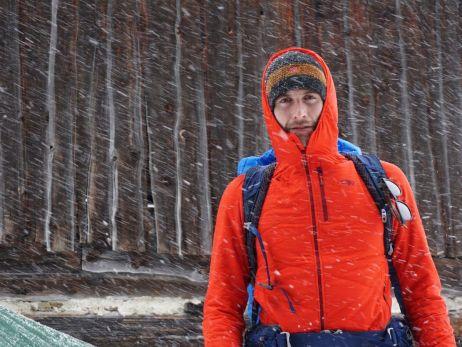 Mit passender Ausrüstung im Schneegestöber