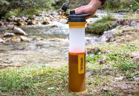 Das ungefiltere Wasser ist jetzt bereit gefiltert zu werden