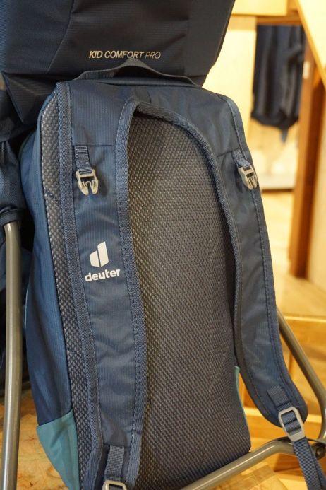 Durch das flexible Rückensystem lässt sich der Daypack klein verstauen