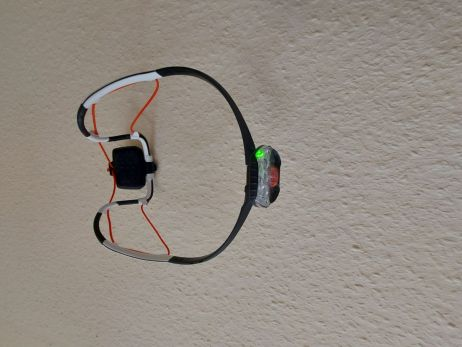 Petzl IKO Core - Grüne LED=Akku größer als 30 %